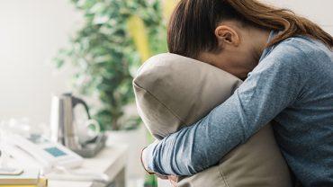 8 soucis ou angoisses vécus par les célibataires de longue date!